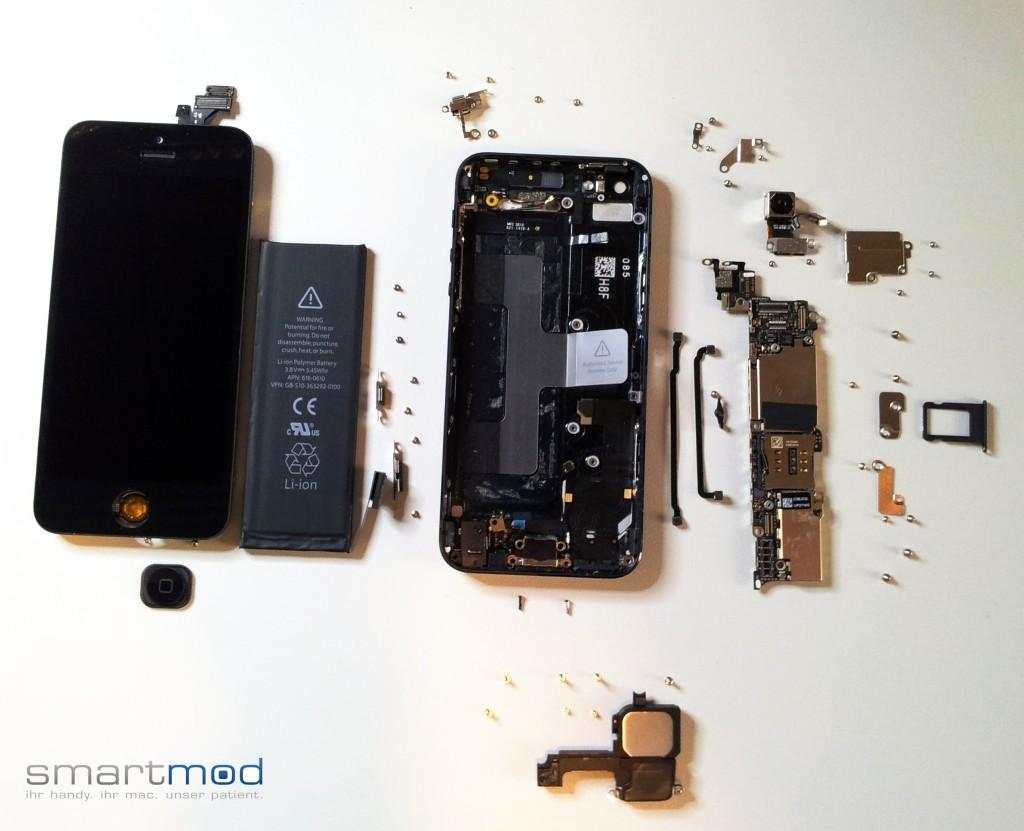 iPhone 5 zerlegt in seine Einzelteil